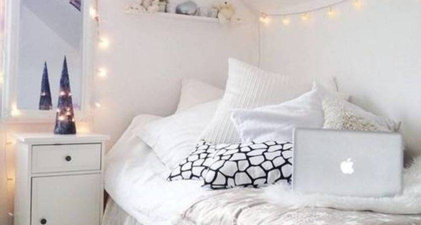 Small Narrow Teenage Girl Attic Bedroom Design