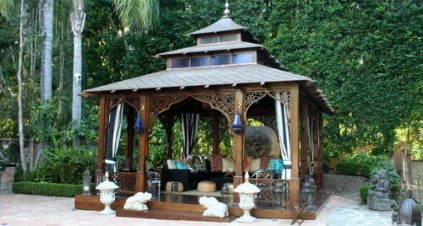 Square Gazebos Give Your Back Yard Style