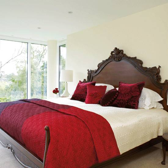 24 Beautiful Bedroom Ideas Red And Cream Homes Decor