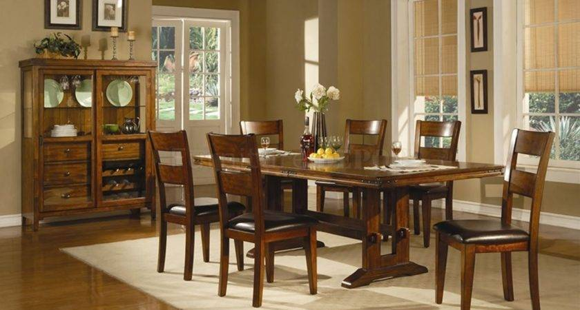 Surprising Casual Dining Room Ideas Brown Wall Black