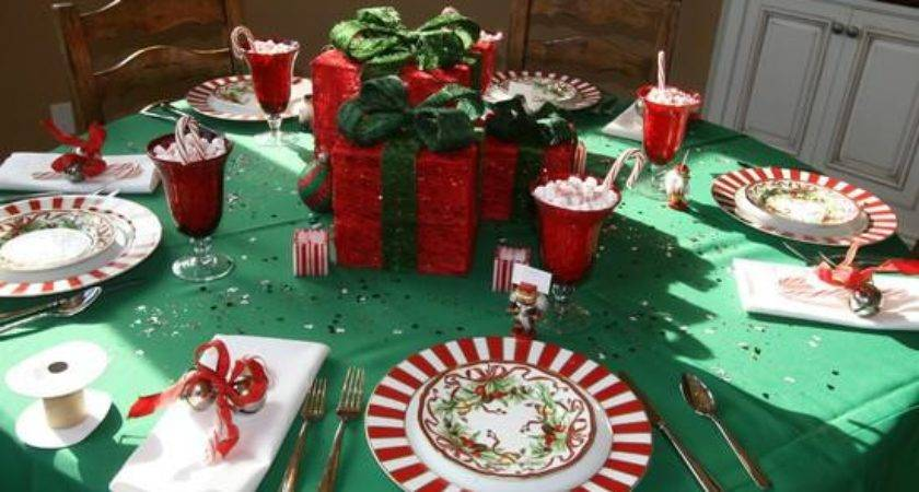 Table Sets Dining Room Christmas Centerpieces