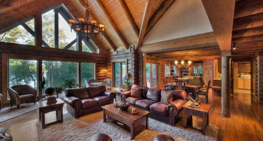 Tennessee Wooden Luxury Home Living Room