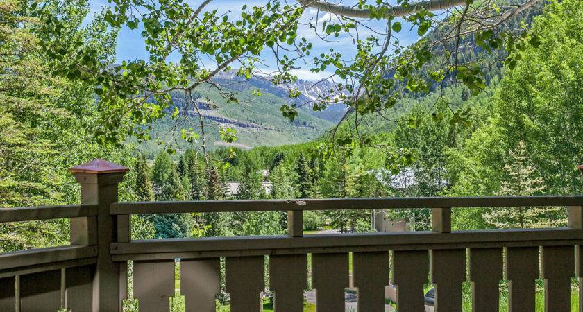 Timeless Appeal Vail Golf Course Townhome