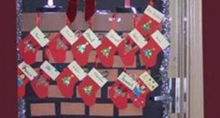 Top Awesome Fireplace Christmas Door