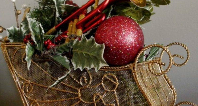 Top Red Gold Christmas Decor Ideas