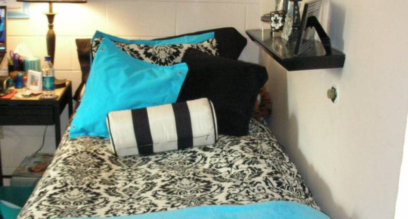 Turquoise Black White Bedroom Easy Makeovers