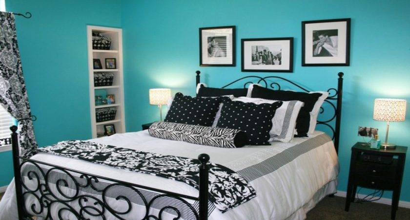 Turquoise Black White Bedroom