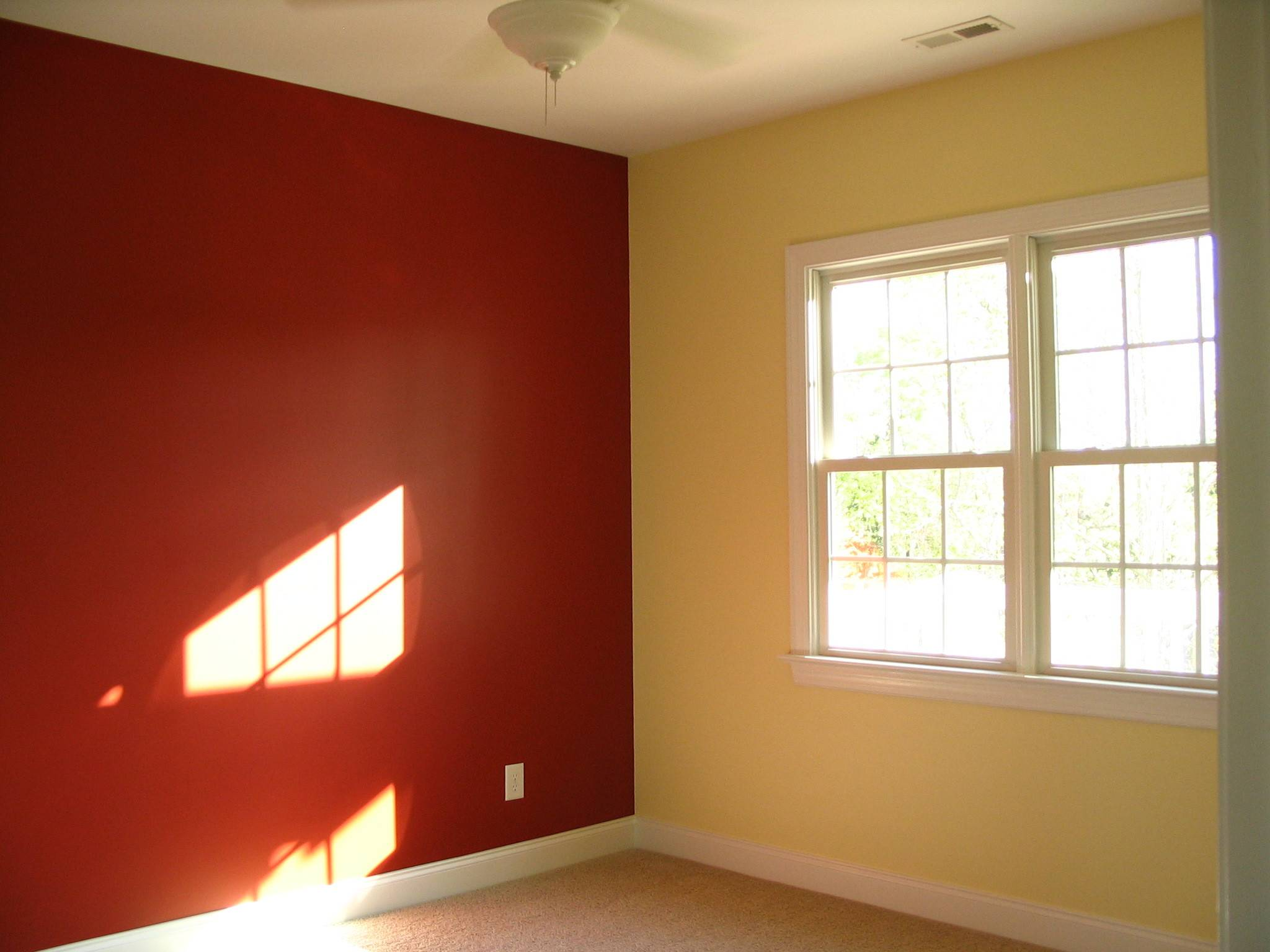 21 Pictures Two Color Walls Bedroom - Homes Decor