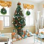 Unexpected Hues Offer Exciting Christmas Cor Possibilities