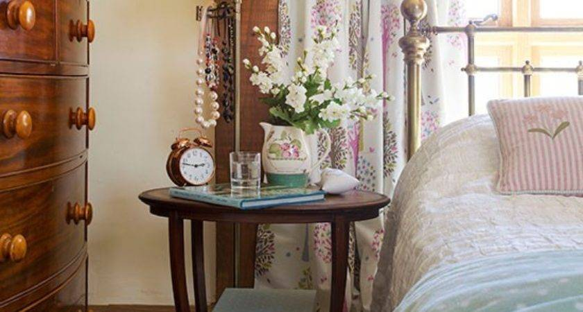 Vintage Bedroom Nook