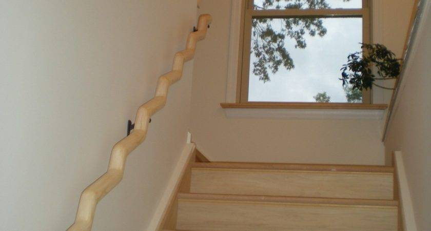 Wavy Wood Banister Installed Looks Awesome