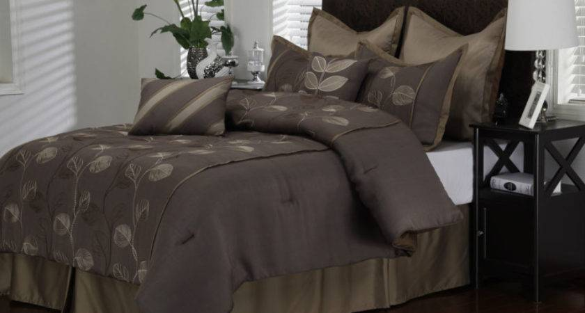 White Bedding Set Classic Curving Gray Pattern