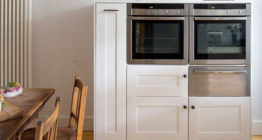 White Kitchen Built Ovens Decorating