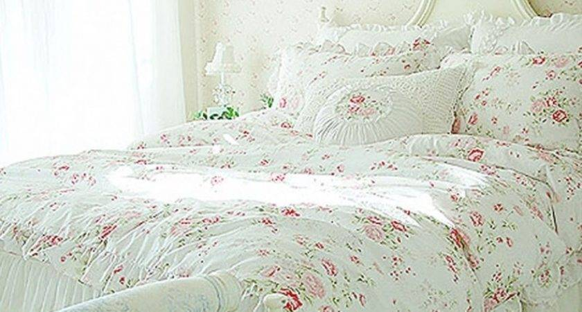 White Shabby Chic Bedding Decorating Ideas